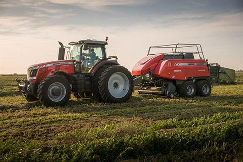 2018 Massey Ferguson 8727 Row Crop Tractor in Hazlehurst, Georgia