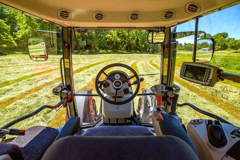 2019 Massey Ferguson 6716S Dyna-VT in Warren, Arkansas - Photo 3