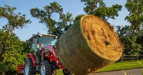2020 Massey Ferguson 1735M Shuttle ROPS in Hondo, Texas - Photo 3