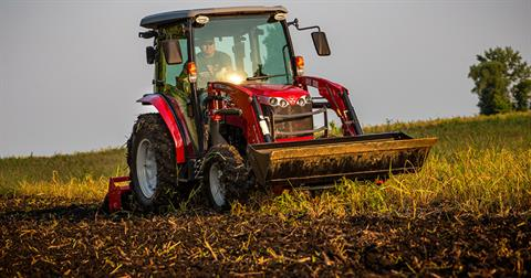 2020 Massey Ferguson 1750M Shuttle ROPS in Hondo, Texas - Photo 6