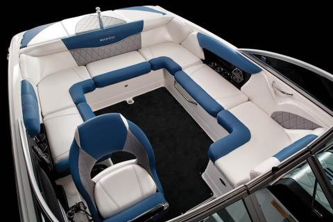 2012 Mastercraft 215V in Lake Zurich, Illinois