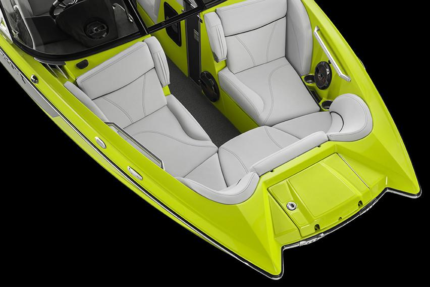 2018 Mastercraft X23 in Lake Zurich, Illinois