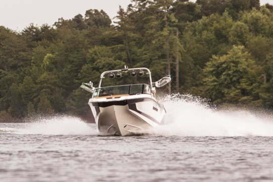 2021 Mastercraft X26 in Madera, California - Photo 2
