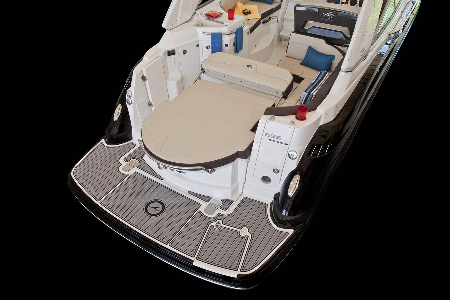 2020 Monterey 295 Sport Yacht in Holiday, Florida - Photo 6
