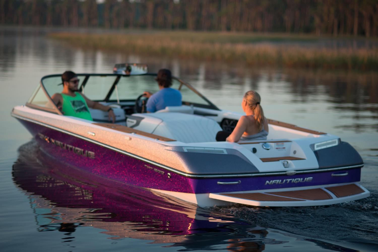 2015 Nautique Ski Nautique 200 Closed Bow in Naples, Maine