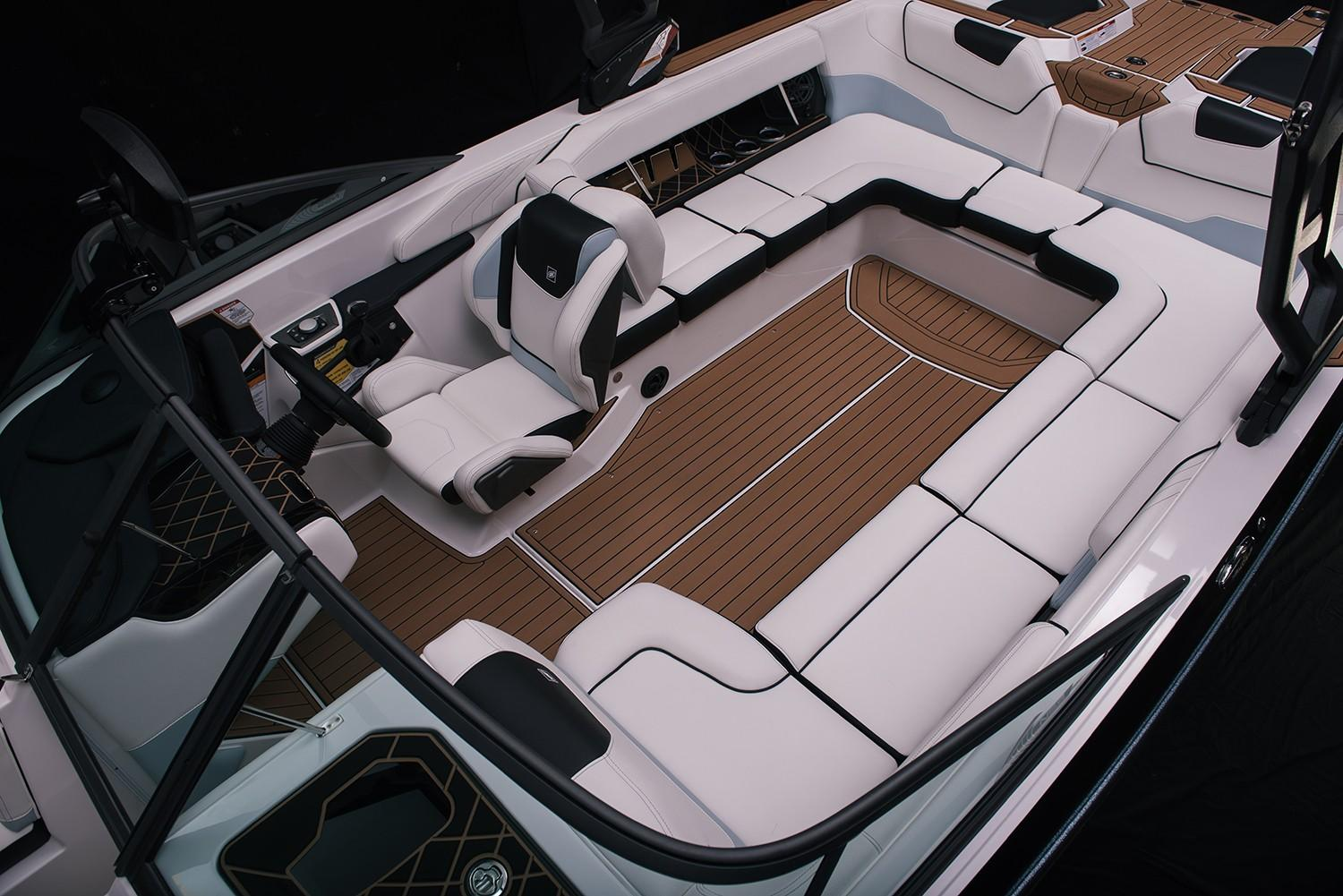 2019 Nautique Super Air Nautique GS24 in Wilmington, Illinois - Photo 8