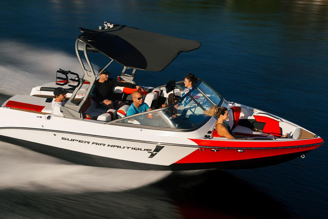 2020 Nautique Super Air Nautique 210 in Wilmington, Illinois