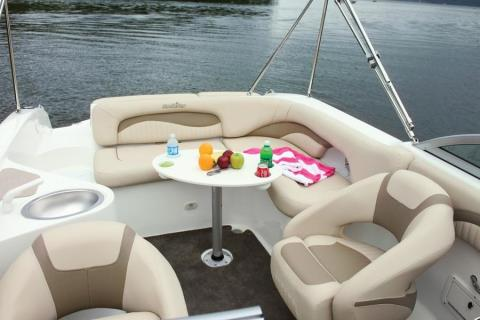 2012 NauticStar 252SL Sport Deck in Naples, Maine