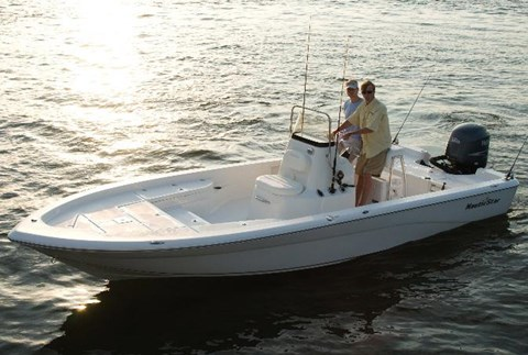 2015 NauticStar 2200 Sport in Naples, Maine