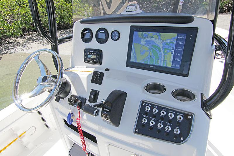 2016 NauticStar 244 XTS in Naples, Maine