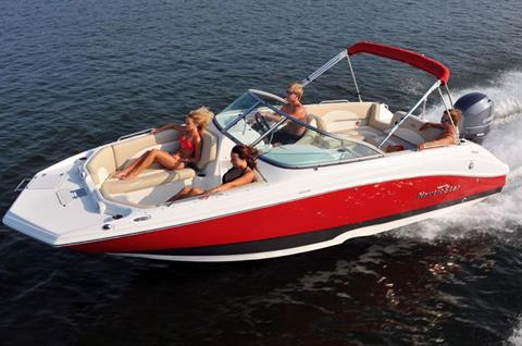 2017 NauticStar 223DC Sport Deck in Naples, Maine