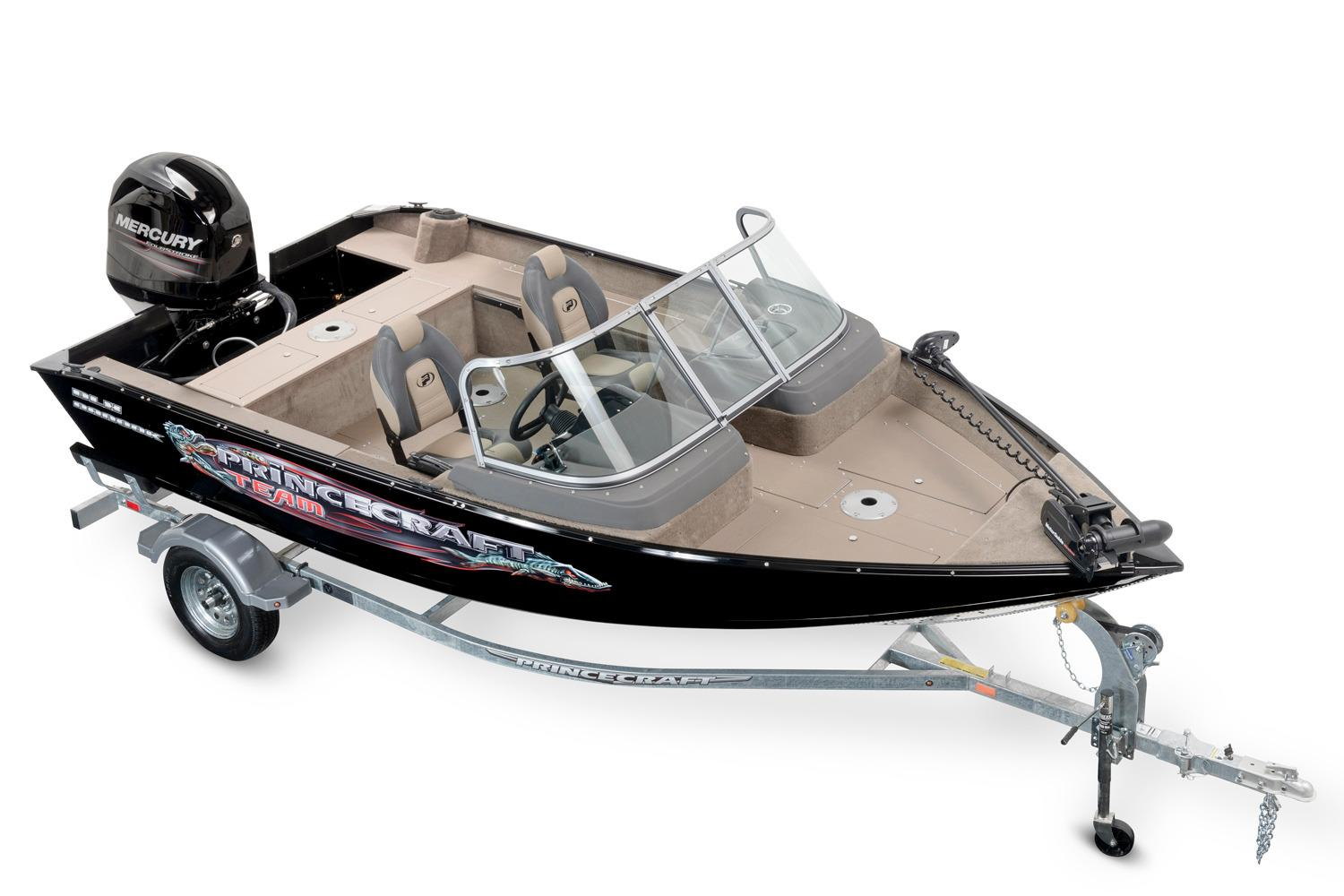 2016 Princecraft Nanook DLX WS in Center Ossipee, New Hampshire