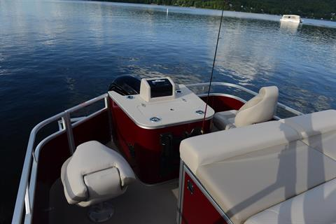 2018 Princecraft Sportfisher LX 25-4S in Center Ossipee, New Hampshire