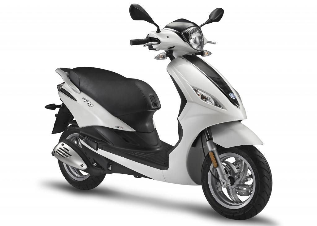 new 2016 piaggio fly 50 4v scooters in taylor mi. Black Bedroom Furniture Sets. Home Design Ideas