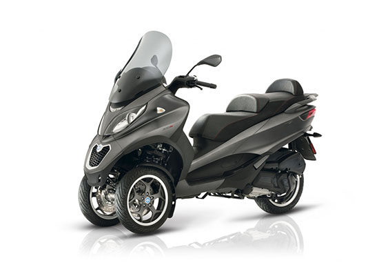 2018 Piaggio MP3 500 Sport ABS in Taylor, Michigan - Photo 2