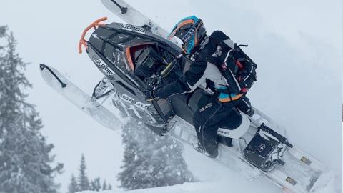 2015 Polaris 800 RMK® Assault 155 Powder ES in Algona, Iowa - Photo 4