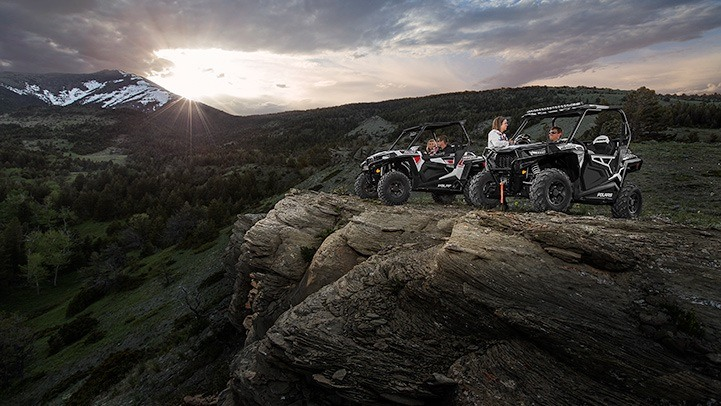 2015 Polaris RZR® S 900 in Lawrenceburg, Tennessee