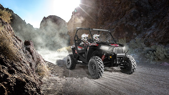 2015 Polaris RZR® S 900 EPS in Brenham, Texas - Photo 8