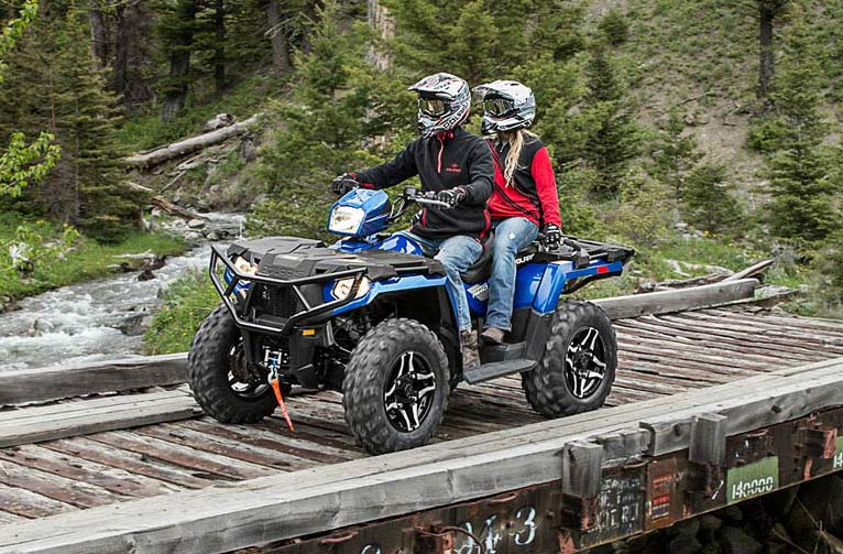 2016 Polaris Sportsman Touring 570 SP in Jackson, Minnesota