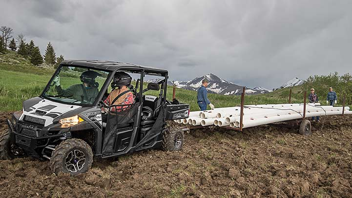 2016 Polaris Ranger Crew XP 900-6 EPS in Rushford, Minnesota