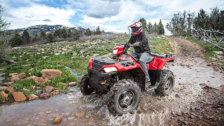 2017 Polaris Sportsman 850 in Altoona, Wisconsin