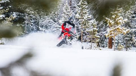 2017 Polaris 600 RMK 144 ES in Dimondale, Michigan