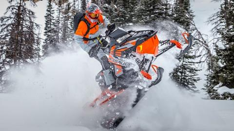 2017 Polaris 800 RMK Assault 155 Powder ES in Center Conway, New Hampshire