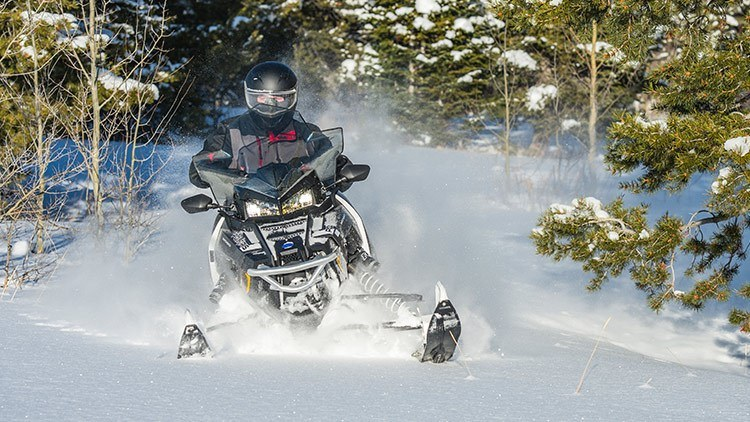 2017 Polaris 600 Switchback Adventure in Rushford, Minnesota