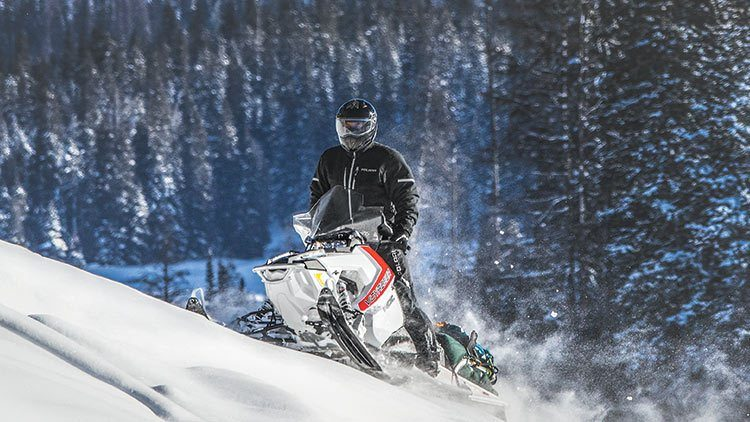 2017 Polaris 600 Voyageur 144 in Gunnison, Colorado