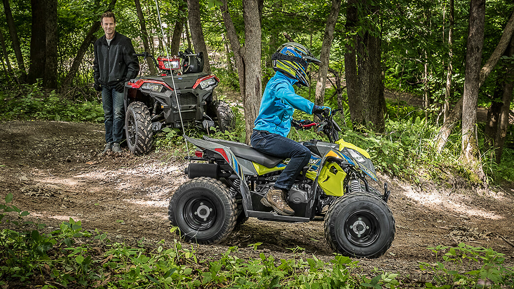 2018 Polaris Outlaw 110 in Woodstock, Illinois