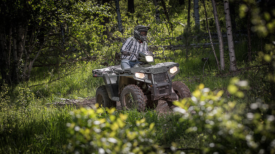 2018 Polaris Sportsman 570 EPS Camo in Sterling, Illinois