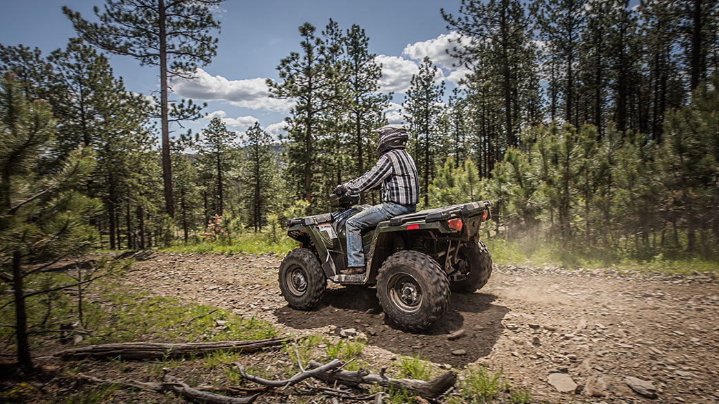 2018 Polaris Sportsman 570 EPS Camo in Denver, Colorado