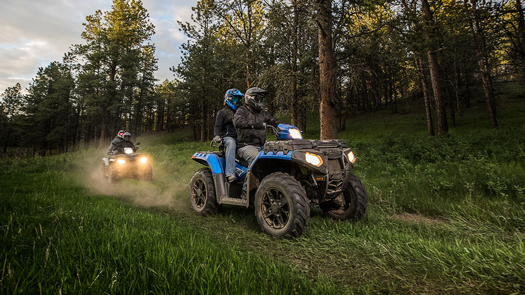 2018 Polaris Sportsman Touring 850 SP in Sterling, Illinois