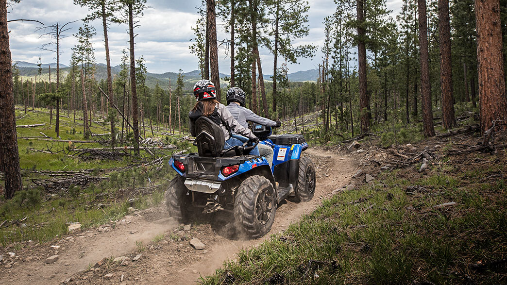 2018 Polaris Sportsman Touring 850 SP in Goldsboro, North Carolina