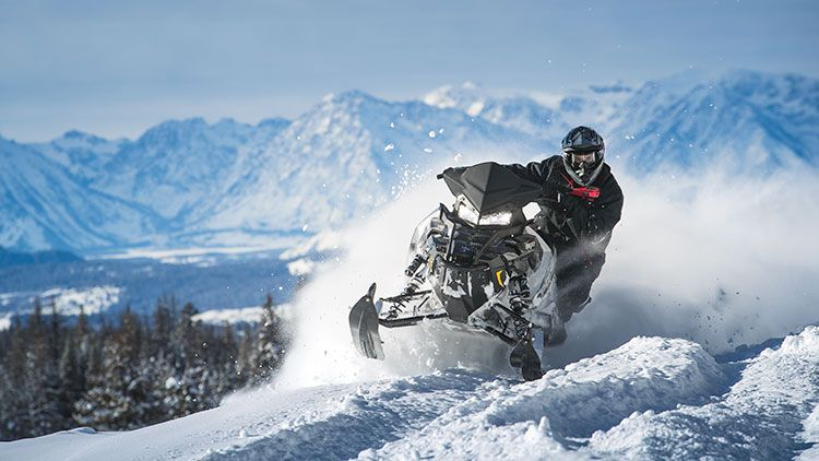 2018 Polaris 800 Titan XC 155 in Duck Creek Village, Utah - Photo 7