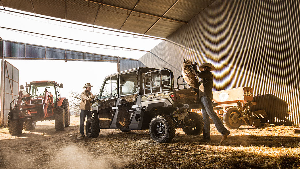 2019 Polaris Ranger Crew XP 1000 EPS Premium in Hancock, Wisconsin