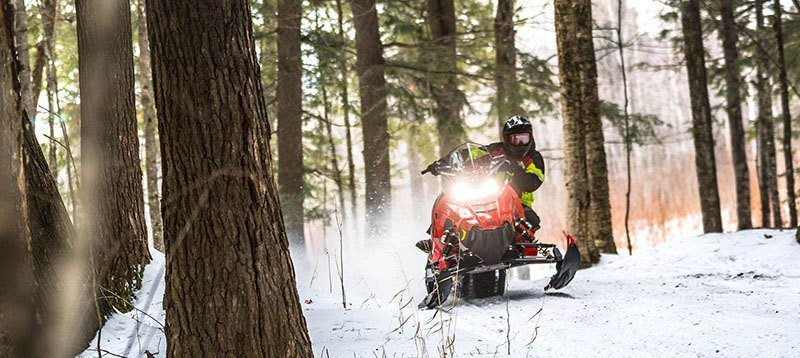 2020 Polaris 600 Indy XC 137 SC in Saint Johnsbury, Vermont - Photo 7