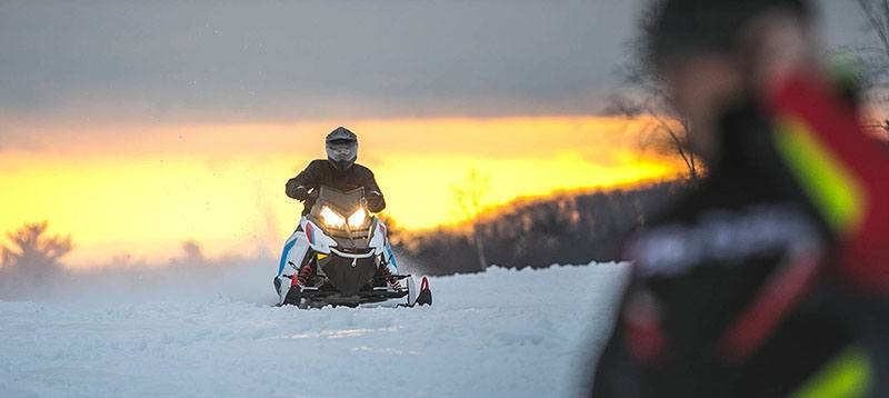 2020 Polaris 550 Indy EVO 121 ES in Lincoln, Maine - Photo 3