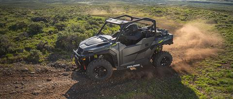 2020 Polaris General 1000 Premium in Center Conway, New Hampshire - Photo 2