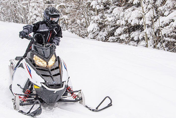 2021 Polaris 550 RMK EVO 144 ES in Kaukauna, Wisconsin - Photo 2