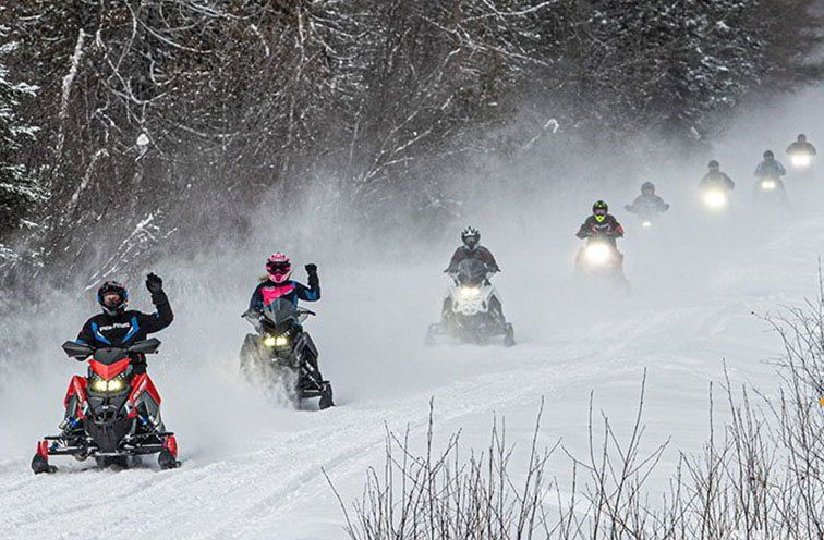 2021 Polaris 550 Indy LXT ES in Farmington, New York - Photo 2
