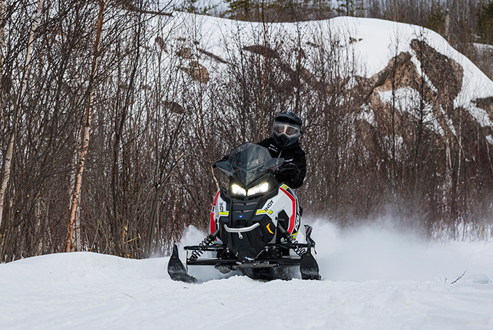 2021 Polaris 600 Indy SP 137 ES in Woodruff, Wisconsin - Photo 4