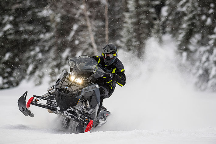 2021 Polaris 650 Indy XC 137 Launch Edition Factory Choice in Fairbanks, Alaska - Photo 3