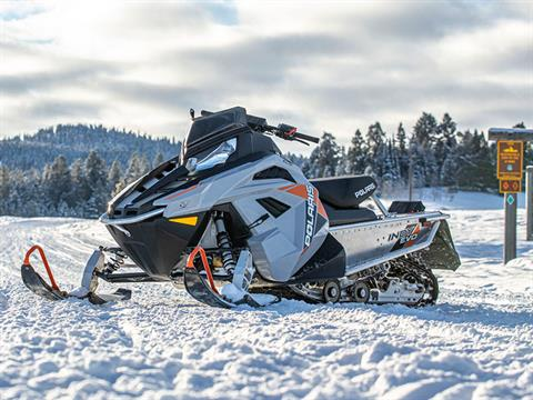 2022 Polaris 550 Indy EVO 121 ES in Anchorage, Alaska - Photo 2