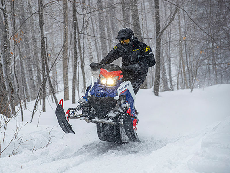 2022 Polaris 650 Indy XCR 128 SC in Newport, Maine