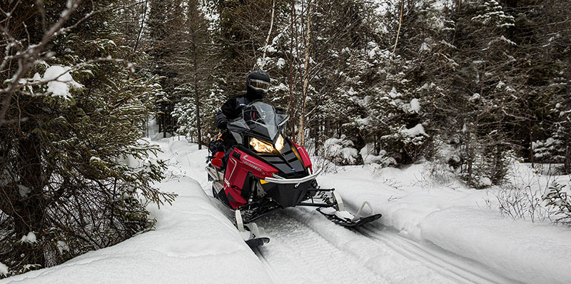 2022 Polaris 550 Voyageur 155 ES in Shawano, Wisconsin - Photo 2