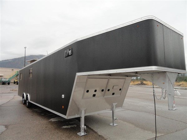 2019 Polaris Trailers PEG 8.5x36 in Milford, New Hampshire - Photo 2