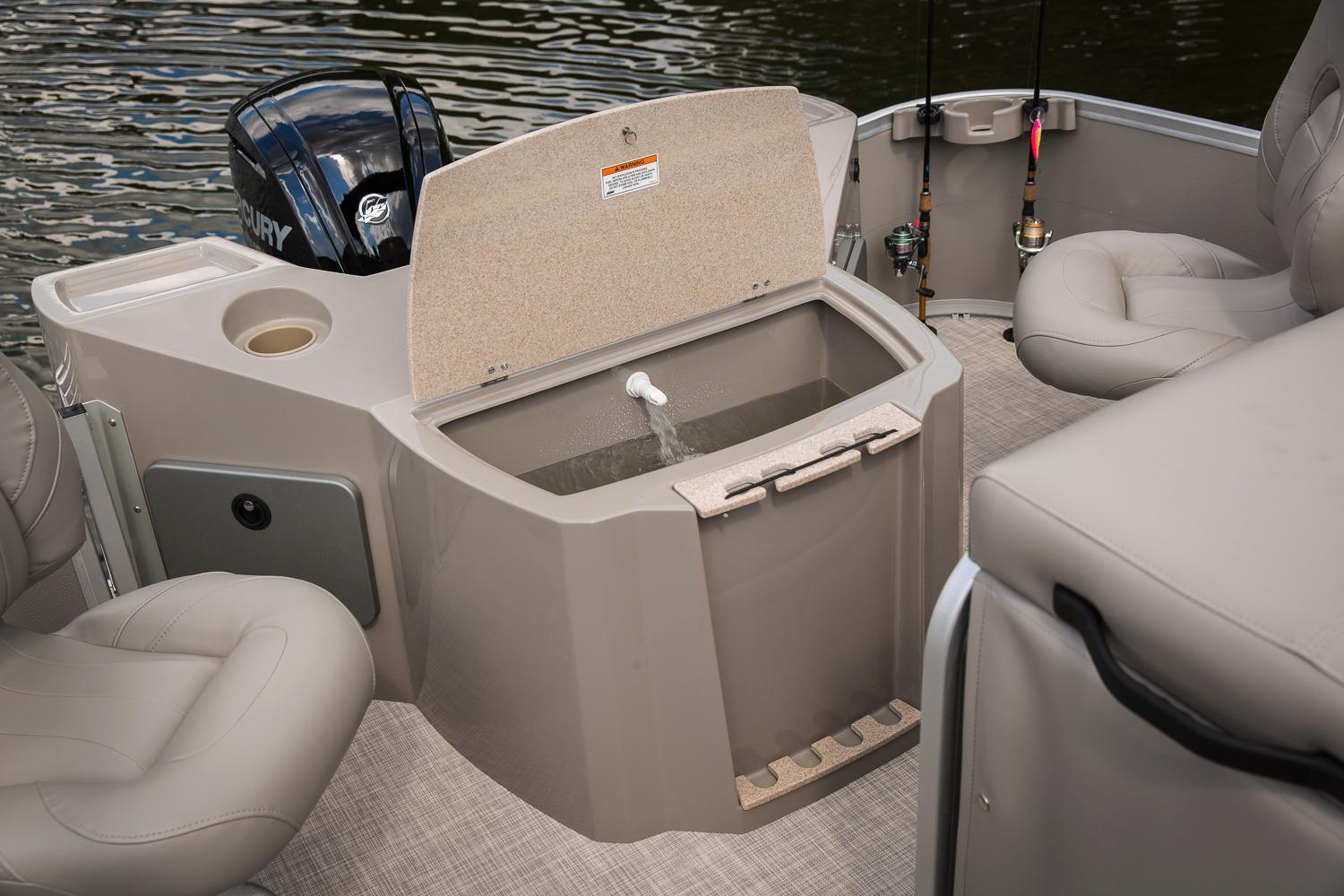 2017 Premier 220 Gemini in Osage Beach, Missouri