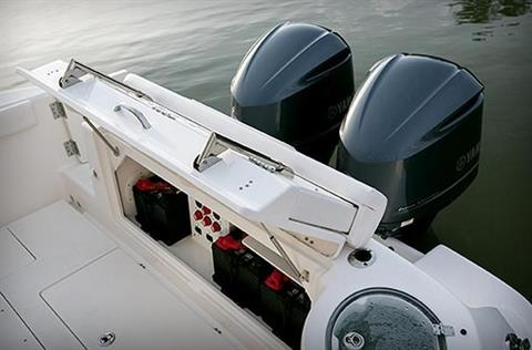 2016 Robalo R300 Center Console in Round Lake, Illinois