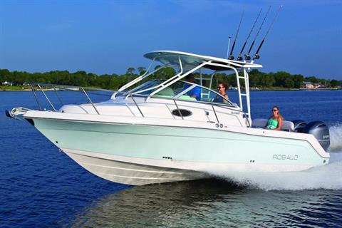2017 Robalo R265 Walkaround in Round Lake, Illinois